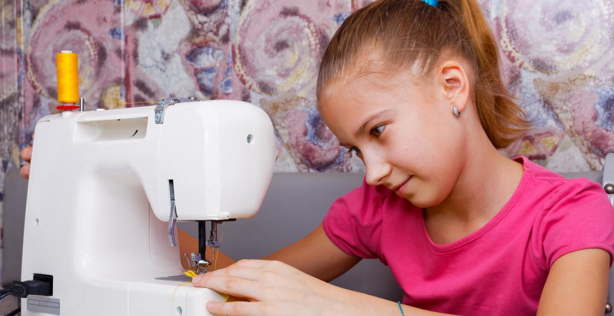 Freebie Friday – Home Ec Sewing 1220 X 628 v2